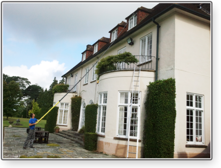 The exterior cleaning company window cleaning for Cleaning exterior house windows